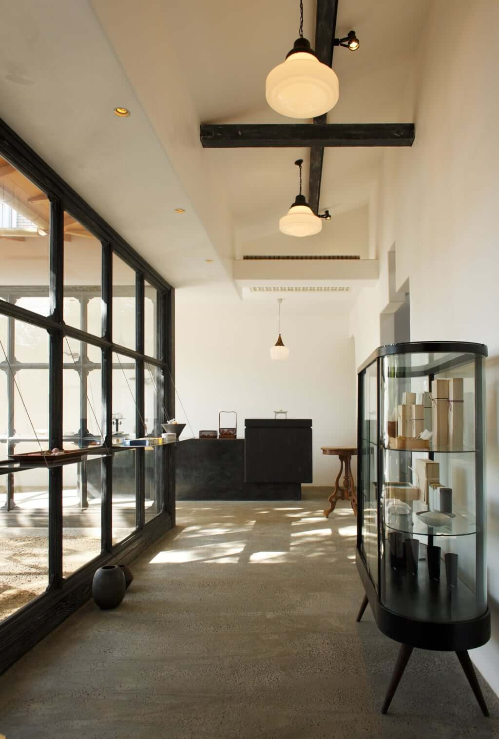 Yakumo Saryo: A Culinary Voyage in Tokyo / Pen Magazine International